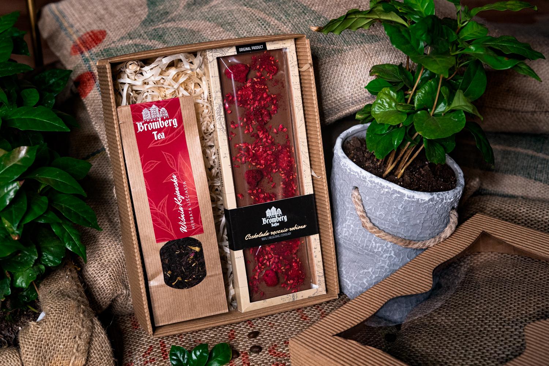 Zestaw prezentowy z herbatą Wiśnia kujawska i czekoladą mleczną